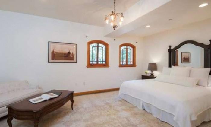 Backstreet bad boy a j boekt koele winst van 1 2 miljoen dollar bij verkoop hollywood hills villa - Verkoop van bad ...