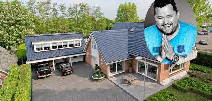 BINNENKIJKEN in de voor €1.265.000 niet te verkopen villa van volkszanger FRANS DUIJTS (met zwembad, biljartkamer, bar en zelfs een kapsalon)