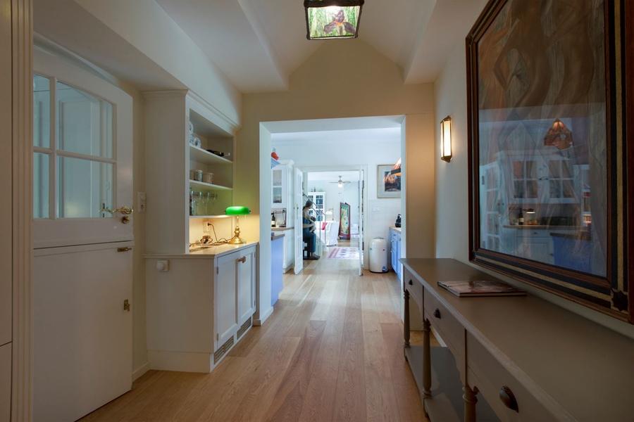 Binnenkijken bij rob houwer de man die met turks fruit zijn fortuin vergaarde en nu zijn huis - Te vergroten zijn huis met een veranda ...