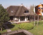BINNENKIJKEN bij ex Ajax-trainer PETER BOSZ die een HALF MILJOEN meer wil dan hij acht maanden geleden zelf betaalde voor zijn Vinkeveens villa
