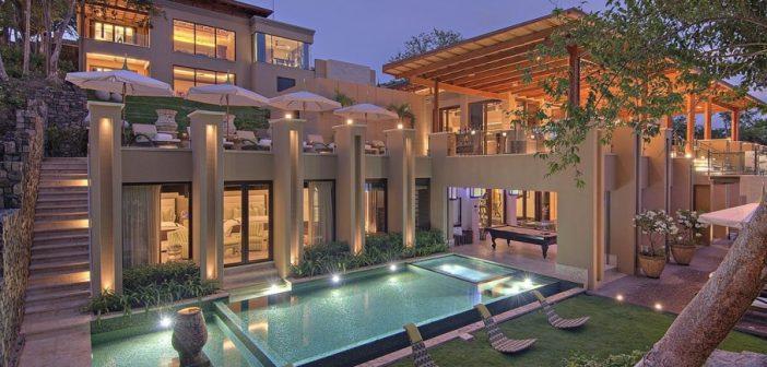 BINNENKIJKEN in het luxe vakantieverblijf van de KARDASHIANS (12.000 euro per nacht) in Costa Rica