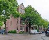 BINNENKIJKEN in het Amsterdams herenhuis van Boom, Boom, Boom WESSEL VAN DIEPEN ingericht door ex IRENE VAN DER LAAR en te koop voor €1.525.000