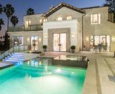 Doe de VIDEOTOUR in de villa in Los Angeles die RIHANNA kocht voor 5.8 MILJOEN