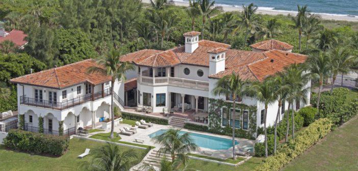BINNENKIJKEN bij PIANOMAN BILLY JOEL die nu $12 miljoen korting geeft op zijn strandhuis