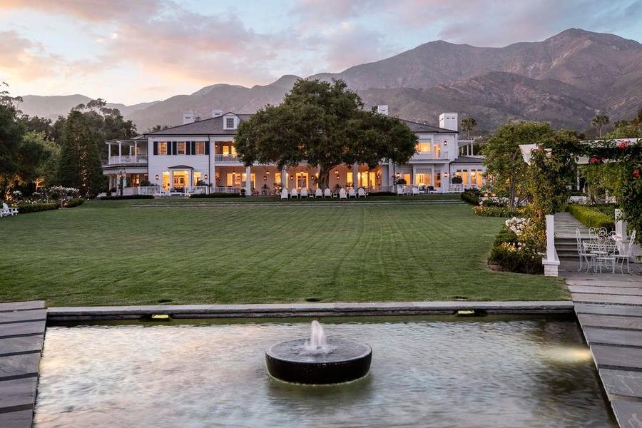BINNENKIJKEN bij West Wing-acteur Rob Lowe die zijn huis verkoopt (kost 'maar' 47 miljoen…)